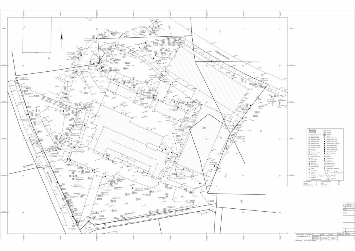 Bauplan digitalisieren um im entsprechenden CAD-Programm, hier AutoCAD, die bestehenden Pläne anpassen oder abändern zu können.