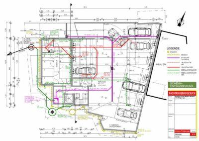 Zum Bauantrag benötigten unsere Kunden neben den Eingabe und Bauplan auch einen Entwässerungsplan. Hier ein Beispiel zu einem Mehrfamilienhaus, der Entwässerungsplan wurde als Ansicht und als Grundriss konstruiert.